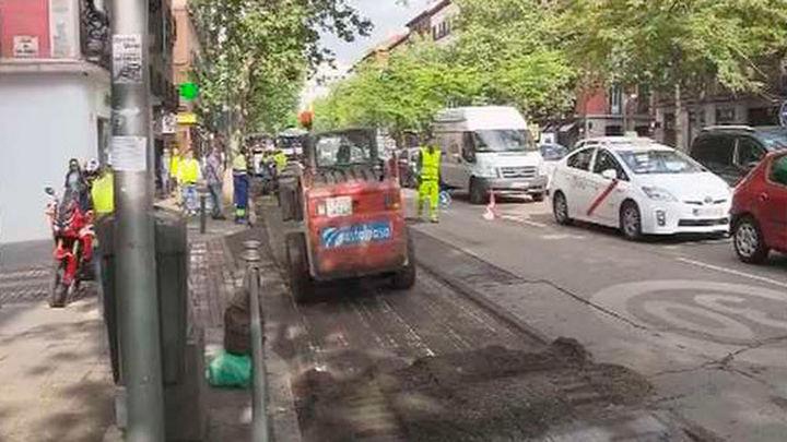 El Ayuntamiento reordena la calle Vallehermoso,  que tendrá más plazas de aparcamiento