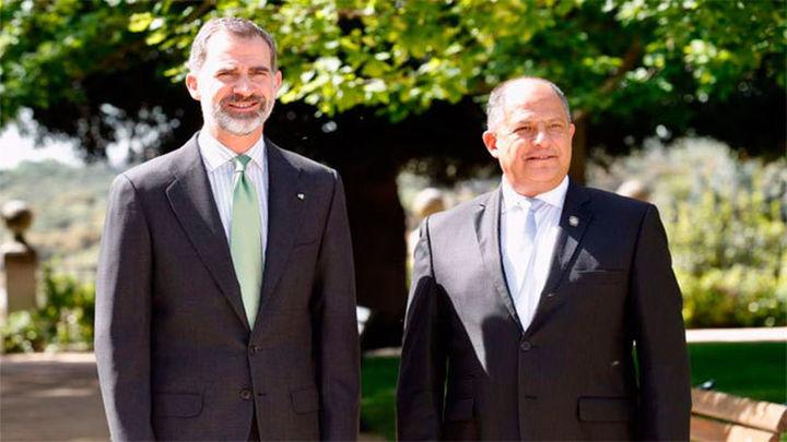 Felipe VI y Solís tratan la cooperación bilateral y asuntos iberoamericanos