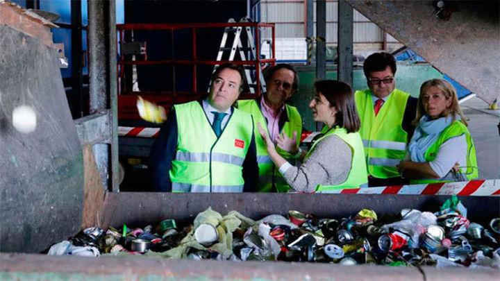 González Taboada visita la planta de tratamiento de residuos de Colmenar Viejo