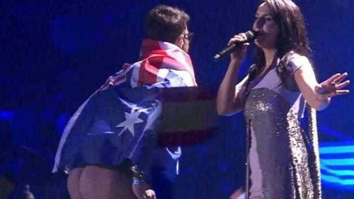 El hombre que mostró el trasero en Eurovisión podría recibir hasta cinco años de cárcel