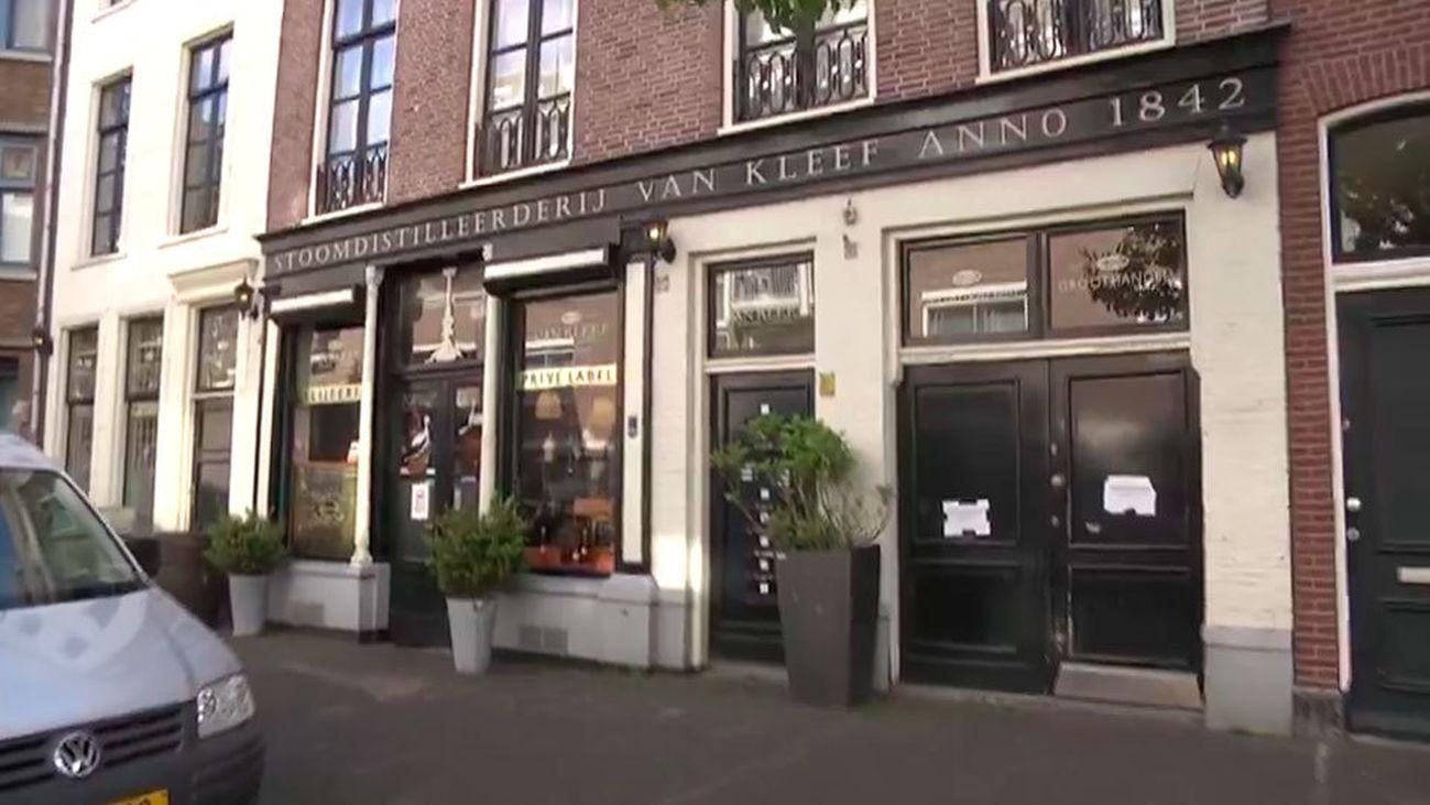 Van Kleef , la licorería más antigua de La Haya