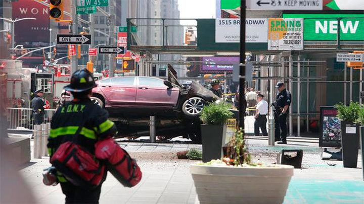 Nueva York: Un muerto y 22 heridos arrollados por un vehículo en Times Square