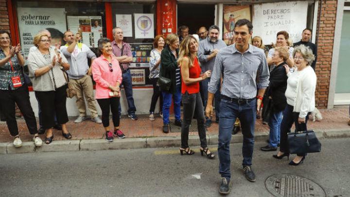 Sánchez gana las primarias en Madrid con casi 15 puntos de ventaja sobre Díaz