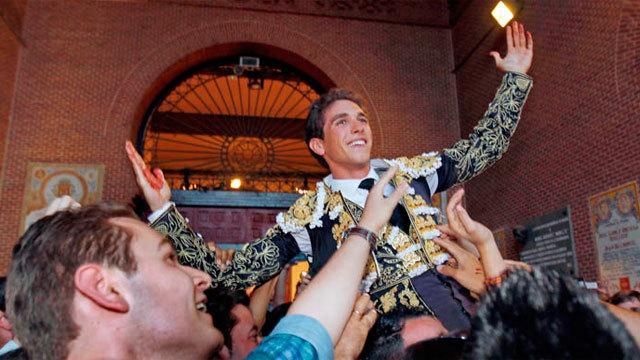 14ª de feria: Primera Puerta Grande para Ginés Marín