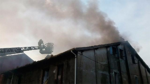 Incendio en un edificio de viviendas en Bilbao