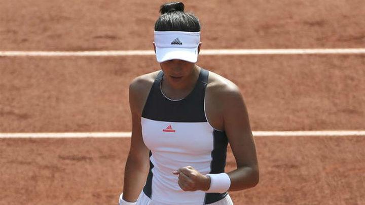 Muguruza comienza Roland Garros como un torbellino
