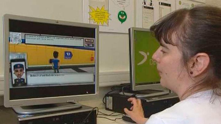 Un videojuego enseña a jóvenes con síndrome de Down a moverse por el Metro