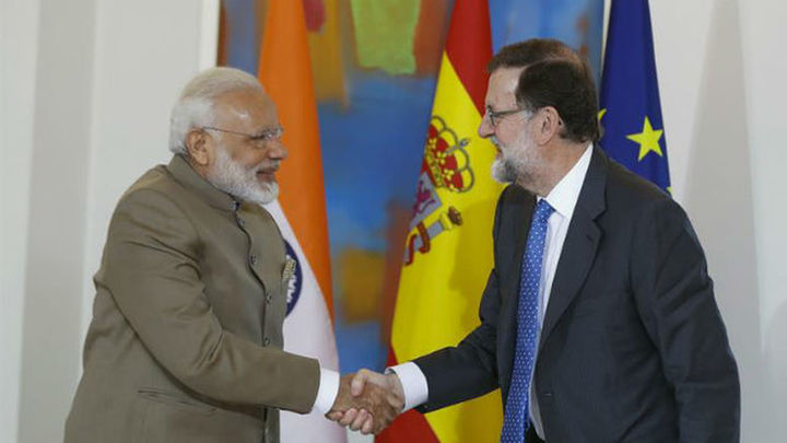 Rajoy y Modi se elogian sus reformas y sellan impulsar una nueva relación