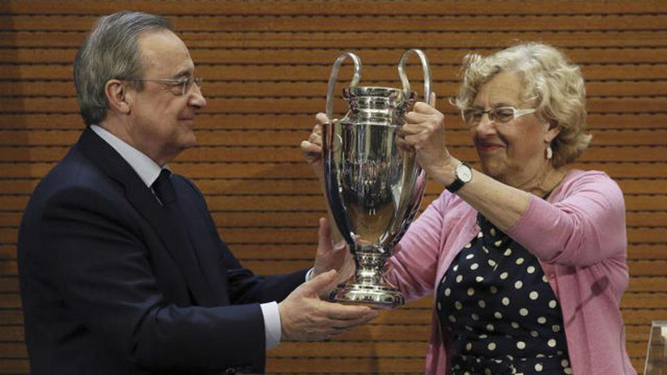 """Carmena: """"Sois el mejor equipo del mundo y lo tiene Madrid"""""""