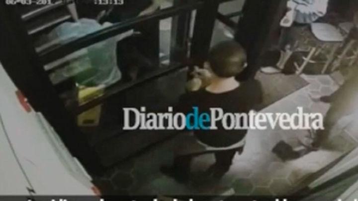 Un empresario gallego impidió que entrara un terrorista en su restaurante
