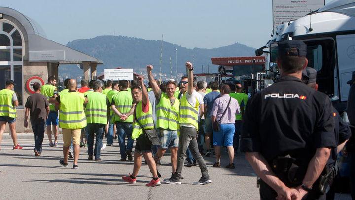 La primera jornada de huelga de 48 horas de la estiba paraliza los puertos