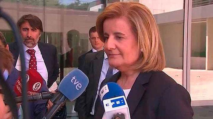 Báñez propone ayuda de 430 euros mensuales a jóvenes en contrato de formación