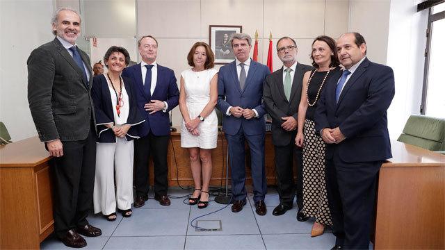 Garrido visitó el Juzgado de las cláusulas suelo