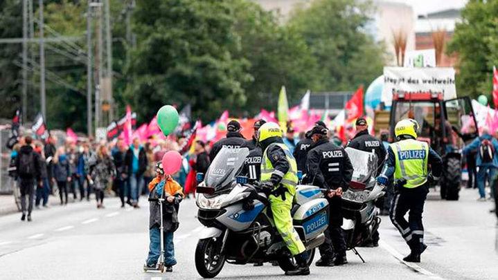 La Policía ha desaloja un campamento de protesta contra el G20 en Hamburgo