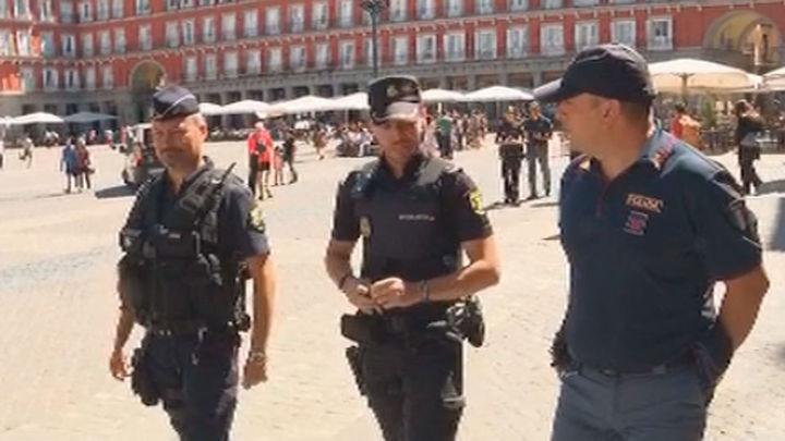 Agentes franceses, italianos y españoles patrullan juntos Madrid este verano