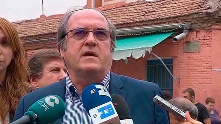 El PSOE pide declarar bien de interés cultural la casa fotografiada por Capa