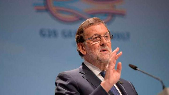 Rajoy pide libertad para todos los presos políticos tras la excarcelación de López