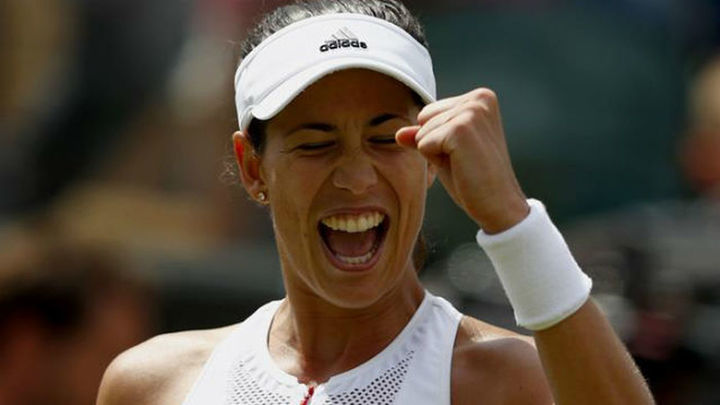 Muguruza, a semifinales de Wimbledon tras arrollar a Kuznetsova