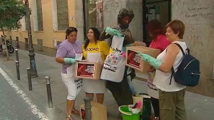 100.000 firmas para que el Gobierno proteja los derechos de las empleadas del hogar