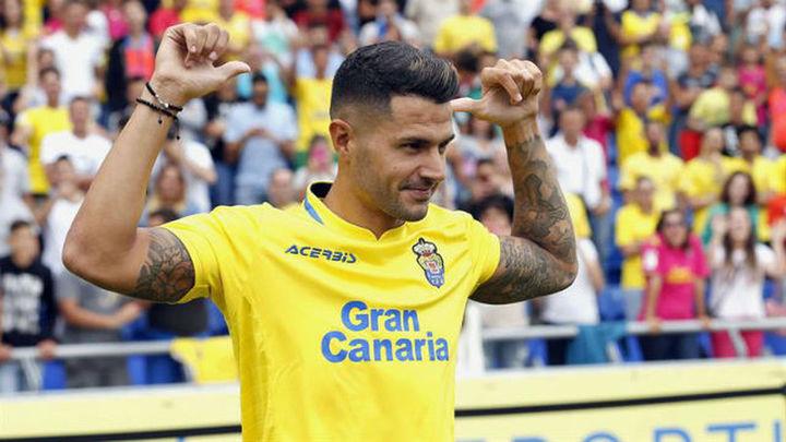 """Vitolo: """"Estaba cerca de renovar, pero el Atlético apostó fuerte por mí..."""""""