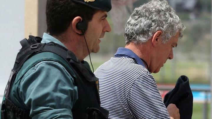 """Los 'pinchazos' a Villar: """"Son votos comprados por llevarse unos dineros"""""""