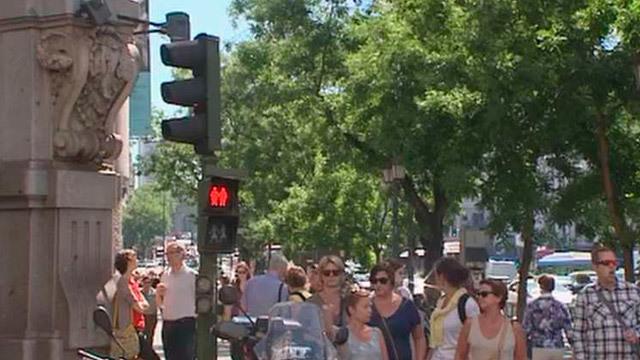 Semáforo inclusivo en Madrid