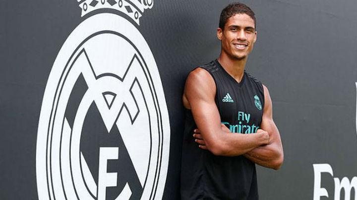 """Varane: """"El objetivo del Real Madrid son los seis títulos"""""""
