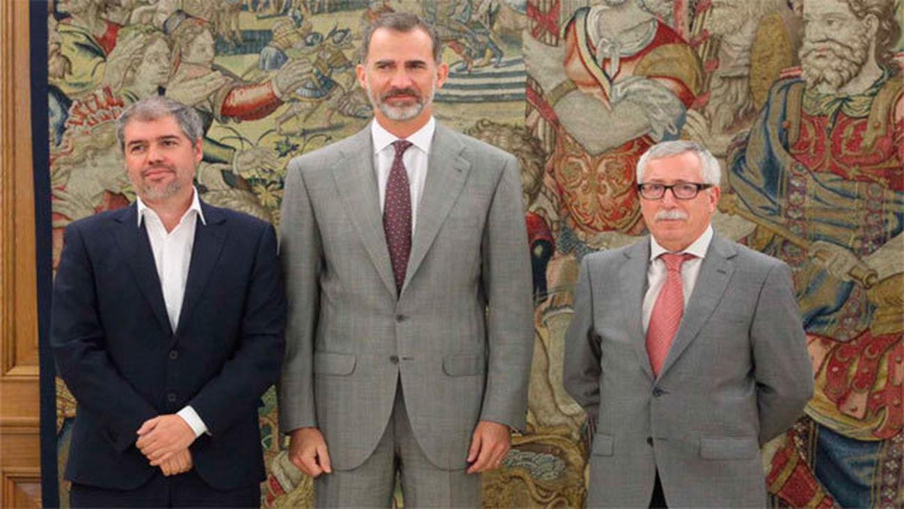 Unai Sordo y Fernández Toxo con el Rey