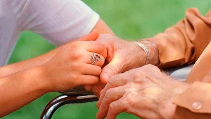 Familiados, una plataforma que conecta a cuidadores con personas dependientes