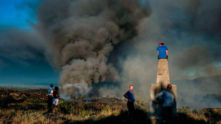 El incendio de Yeste afecta a 1.400 hectáreas