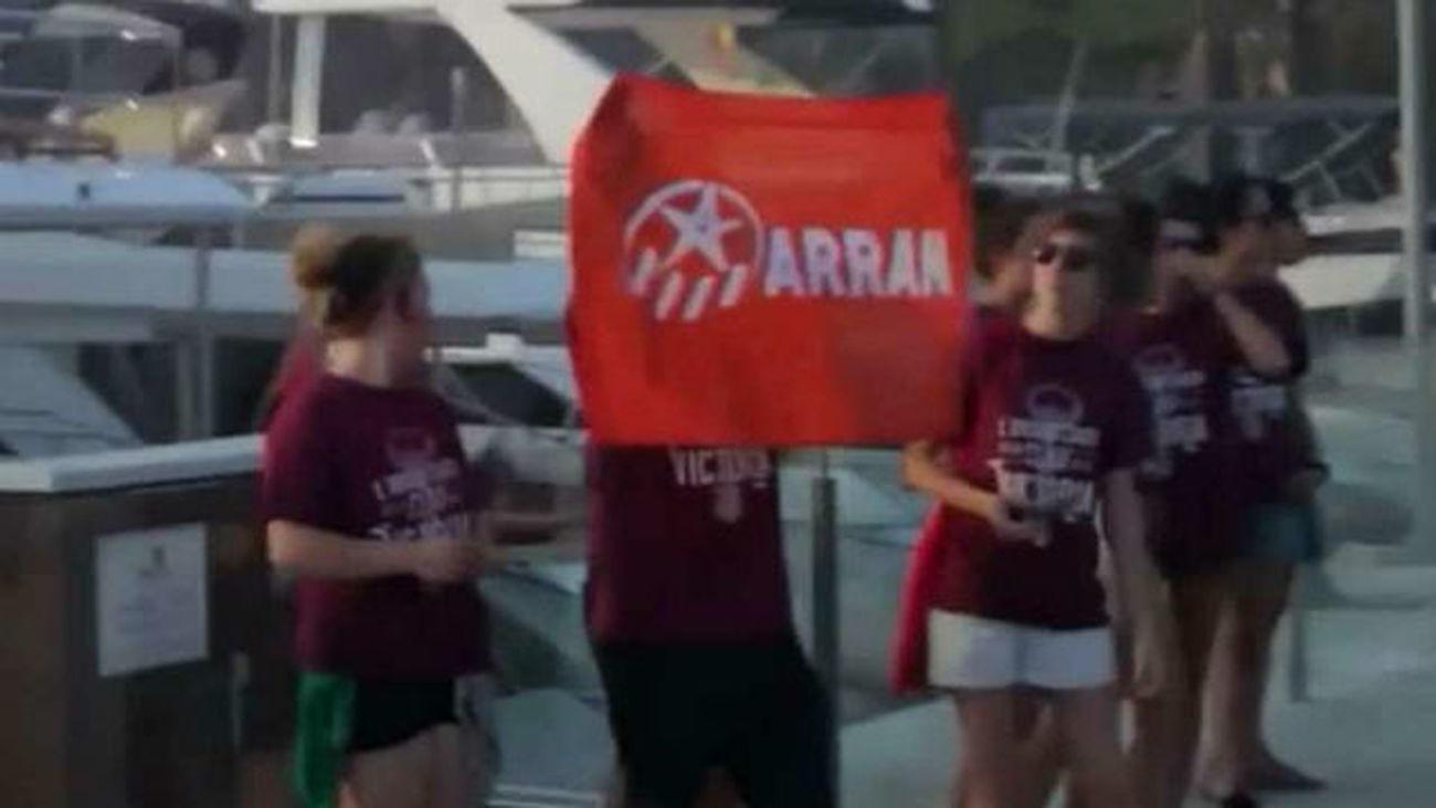 Condena y preocupación en Cataluña por los ataques de Arran contra turistas