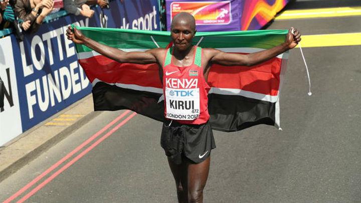 Kirui da a Kenia el quinto título mundial de maratón; Guerra decimoséptimo