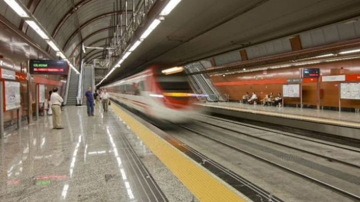 Cierra la estación de Cercanías de Sol por obras