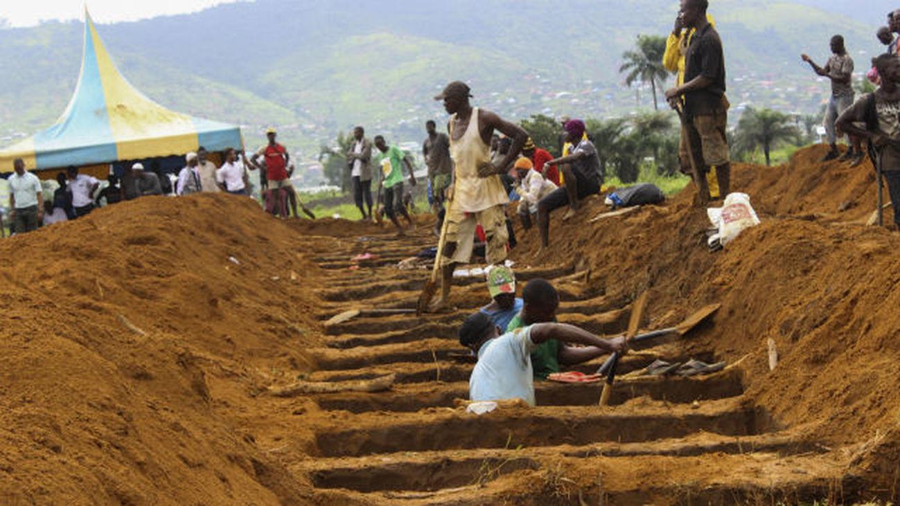 Más de 400 muertos en las inundaciones y deslizamientos de tierra en Sierra Leona