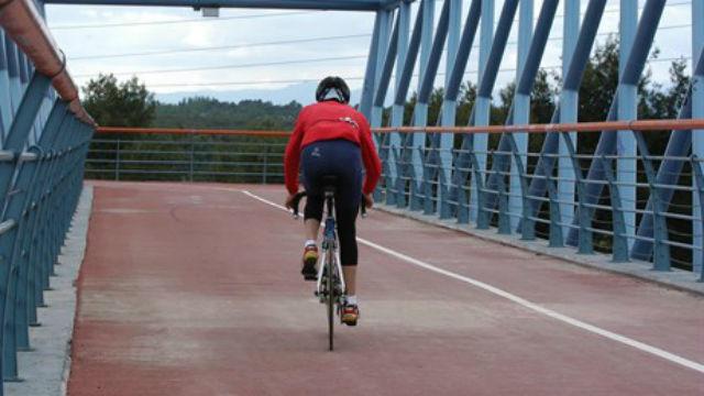 La Comunidad quiere construir una vía ciclista de 12 kilómetros junto a la M-501