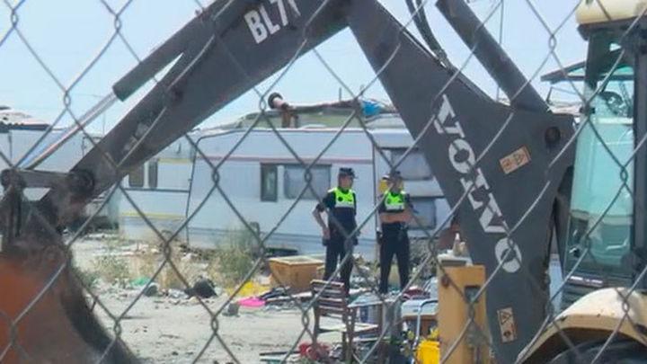 Desalojan un asentamiento de feriantes en Fuenlabrada