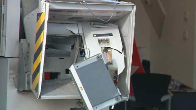 Robo con explosivos en un cajero de Arturo Soria