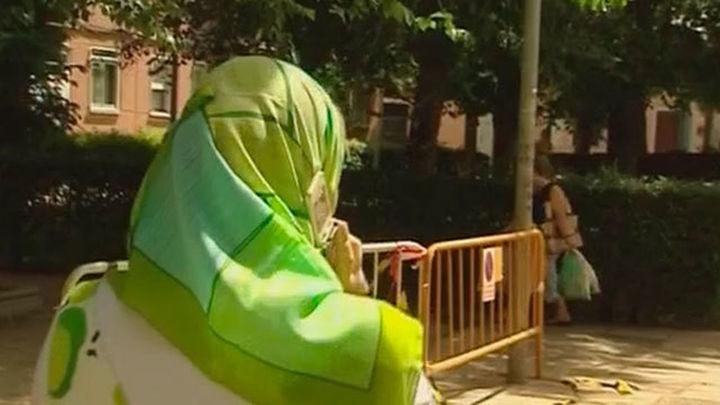 La Comunidad condena la agresión islamófoba que sufrió una mujer en Usera