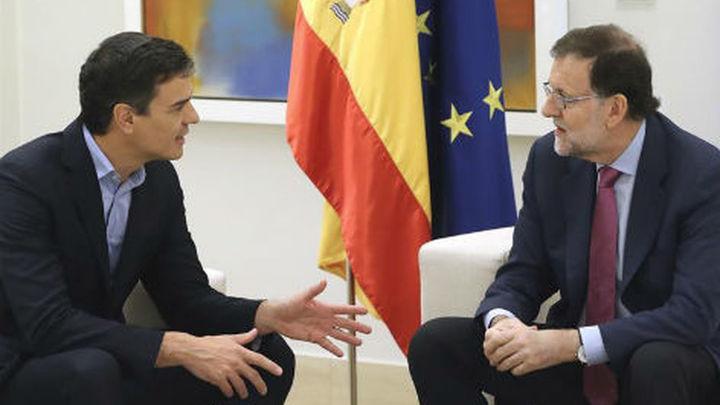 Rajoy y Sánchez pactan trabajar en una posición conjunta contra el desafío soberanista