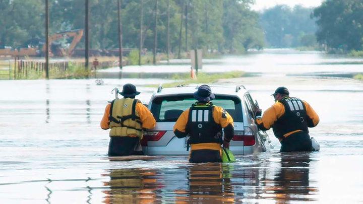 Continúan las tareas de rescate tras el paso del huracán Harvey