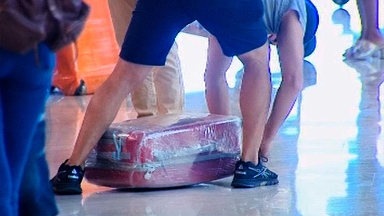 Guerra por el embalaje en el aeropuerto