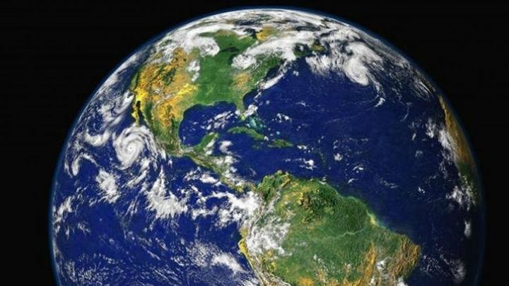 La Tierra, reclasificada como planeta híbrido