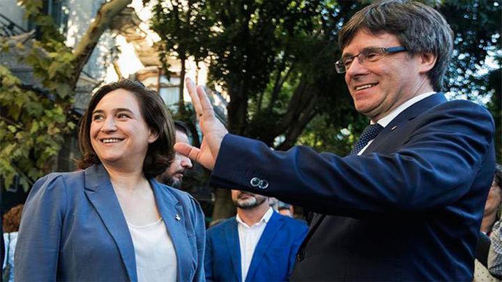 Colau y Puigdemont acuerdan que se pueda votar el 1-O en Barcelona