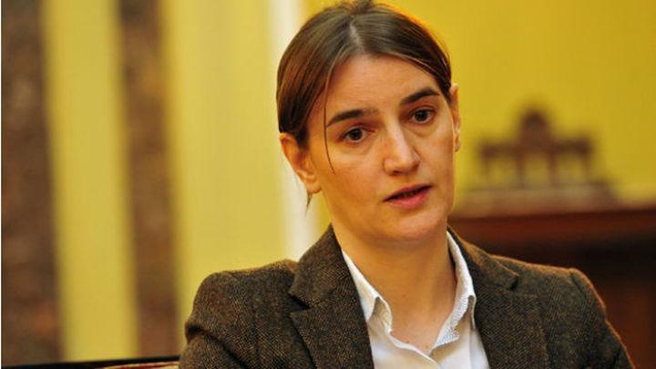 La comunidad homosexual serbia espera que con la Primera Ministra lesbiana baje la homofobia