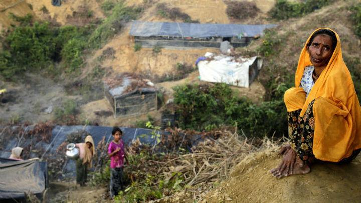 La llegada de rohinyás a Bangladesh se intensifica pese al mal tiempo