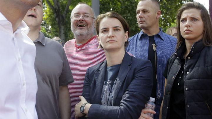 La primera ministra de Serbia encabeza la marcha del Orgullo Gay