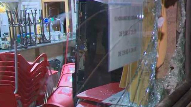 Robo a mazazos en una bar de Usera