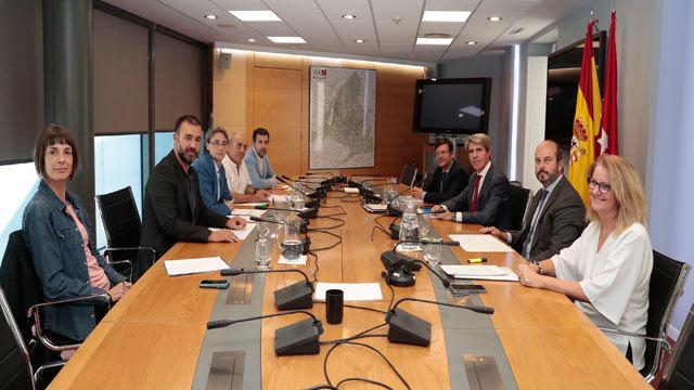 Reunión entre Comunidad y ayuntamiento paar el realojo de la Cañada Real