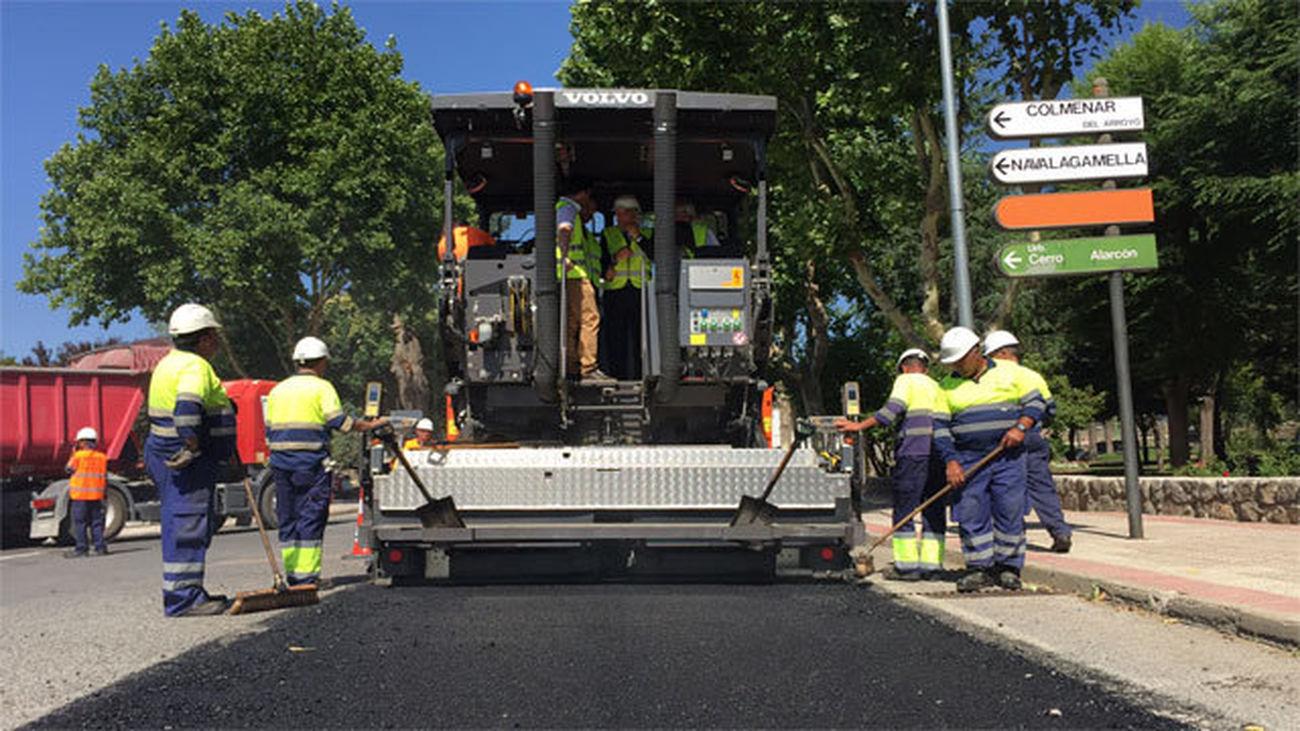 La Comunidad renovará 1.000 kilómetros de carreteras regionales hasta 2020