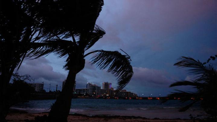 """Puerto Rico sufre daños """"severos"""" por el paso del huracán María"""